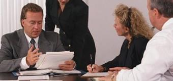 <!--:es-->'Mobbing' o acoso psicológico en el trabajo! . . . La ayuda de los compañeros, junto con un psicólogo y un abogado experimentados, son fundamentales para defenderse de los ataques!<!--:-->