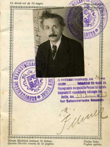 <!--:es-->EDUCACION: BIOGRAFIA y CRONOLOGIA de  Albert Einstein<!--:-->