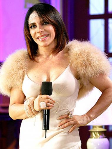 <!--:es-->Actor de 28 años afirma ser novio de Verónica Castro<!--:-->