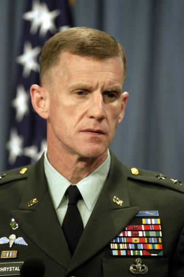 <!--:es-->McChrystal out; Petraeus picked for Afghanistan<!--:-->