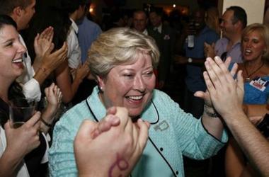 <!--:es-->Women to head GOP, Democratic tickets in Oklahoma<!--:-->