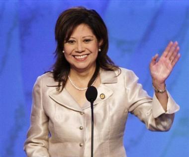 <!--:es-->LABOR DAY  –   DIA DEL TRABAJO Un saludo y felicitación de Hilda Solís, Secretaria del Trabajo de los EEUU<!--:-->