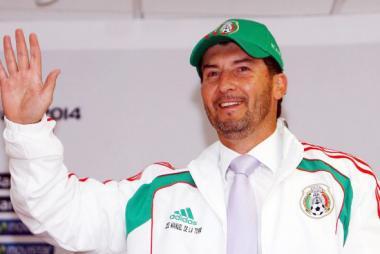 <!--:es-->«Chepo» De la Torre fue elegido como el nuevo técnico de la Selección Mexicana<!--:-->