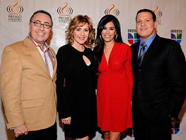 <!--:es-->Ana María Canseco sale de Despierta América . . . Tras casi 14 años en el programa matutino de Univisión, hoy la conductora mexicana se despidió de la audiencia.<!--:-->