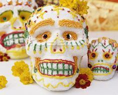 <!--:es-->Celebra la vida en el Día de los Muertos<!--:-->