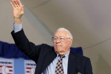 <!--:es-->Legendario lanzador Bob Feller muere a los 92 años<!--:-->
