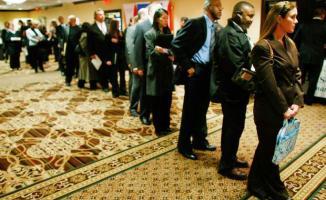 <!--:es-->Ataca desempleo a jóvenes en EU …Las cifras de desocupación alcanzaron su nivel máximo en 10 años, lo que refleja el problema del país para crear empleos<!--:-->