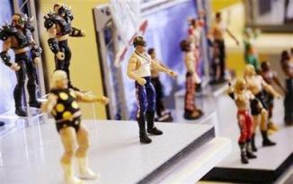<!--:es-->Barbie, American Girl drive Mattel's holiday win<!--:-->