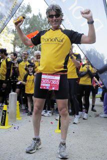 <!--:es-->¡Increíble! Corrió 365 maratones en 365 días<!--:-->