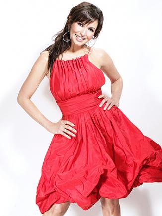 <!--:es-->Giselle Blondet: «Los besos de Enrique Iglesias saben a fruta dulce»<!--:-->