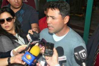<!--:es-->Oscar de la Hoya ofrece jugosa recompensa a quien entregue su billetera perdida<!--:-->