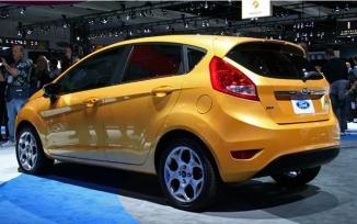<!--:es-->Al Ford Fiesta del 2011  …Las redes sociales lo convirtieron en uno de los más famosos y deseados vehículos pequeños en la industria. …Es Súper Económico y provee placer en su manejo<!--:-->