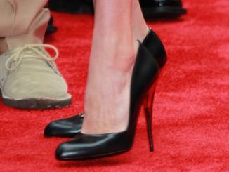 <!--:es-->Los 10 peores zapatos para tus pies …El precio de parecer más alta<!--:-->