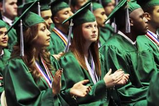 <!--:es-->Three out of four Dallas ISD high school students now graduate in four years<!--:-->