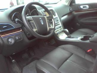 <!--:es-->2011 Lincoln MKT  …Increíble sofisticación y elegancia<!--:-->