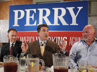 <!--:es-->Rick Perry faces new flak from the right for suggesting Bernanke is 'treasonous'<!--:-->