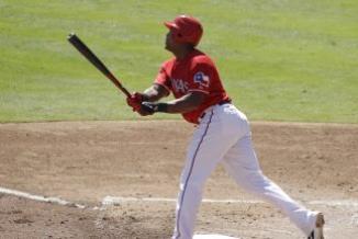 <!--:es-->MLB: Rangers 12, Mariners 5; Torrealba batea dos jonrones<!--:-->