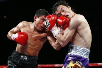 <!--:es-->Toshiaki Nishioka impuso su boxeo sobre el deseo de Rafael Márquez<!--:-->