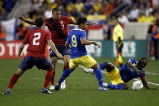 <!--:es-->EU 0, Ecuador 1: Estados Unidos fue sorprendido por los ecuatorianos<!--:-->