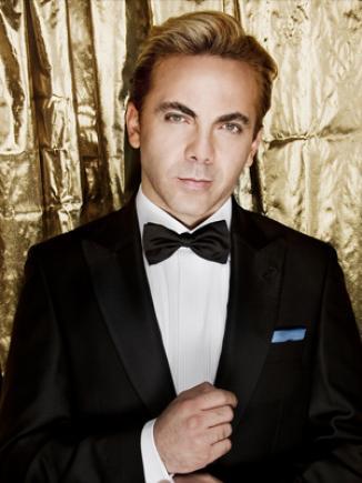 <!--:es-->Cristian Castro será José José en el cine …El cantante protagonizará un filme sobre la vida de El príncipe de la canción<!--:-->