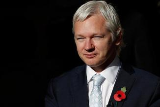 <!--:es-->Assange extradition appeal denied. Will WikiLeaks founder be sent to Sweden? …WikiLeaks founder Julian Assange's extradition appeal was quashed by London's High Court today, opening up the possibility that he could be sent to Sweden to face sexual assault accusations by the end of the month.<!--:-->