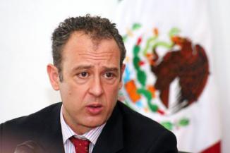 <!--:es-->Estados Unidos sería el más beneficiado con una reforma migratoria, afirmó el Embajador Mexicano Arturo Saraukhan<!--:-->
