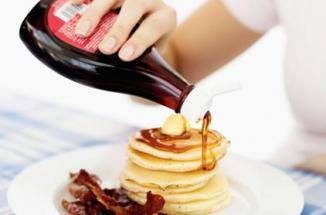 <!--:es-->Controlan la diabetes con jarabe de maple …El complemento ideal del desayuno, también lo es de tu salud: un estudio encontró que la miel de maple (conocida como «maple syrup» en inglés) tiene propiedades que ayudarían a controlar la diabetes y combatir el cáncer.<!--:-->