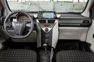 <!--:es-->2012 Scion iQ: un genial micro coupe que rinde mucho<!--:-->