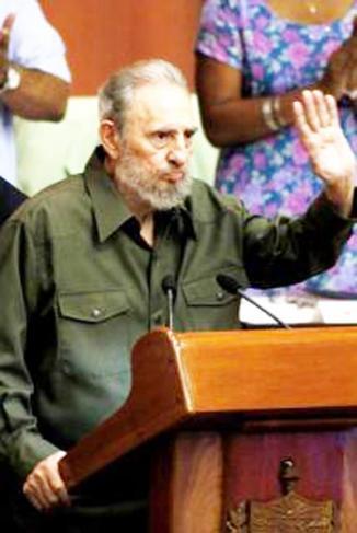 <!--:es-->'EEUU estaría mejor gobernado por un robot': Fidel Castro …Nuevas críticas para Barack Obama<!--:-->
