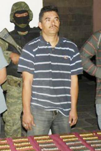 <!--:es-->Presunto asesino de agente de EU podría ser devuelto a México …Analizan la situación de 'El Piolín'<!--:-->