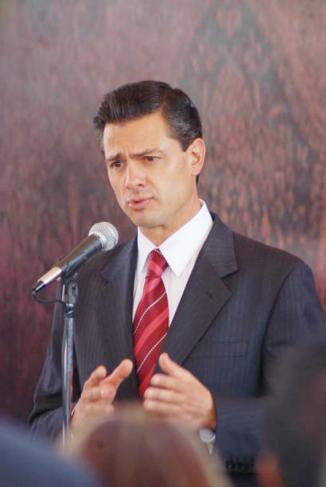 <!--:es-->La doble vida de Peña Nieto!!! …Revela la existencia de dos hijos fuera del matrimonio …Fue una etapa de crisis de pareja, aseguró<!--:-->