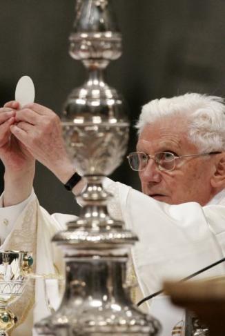 <!--:es-->Dice Obispo que Papa piensa en renunciar …Desde 1983, el Código Canónico considera la renuncia de un Pontífice como una posibilidad<!--:-->