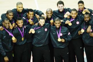 <!--:es-->Final de ensueño para los Estados Unidos …EEUU sufrió pero volvió a ganarle a España por el oro masculino en básquetbol<!--:-->