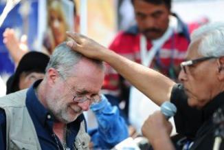 <!--:es-->Caravana por la Paz escucha historias de dolor en EEUU …Mexicanos dejaron su país huyendo de la violencia<!--:-->