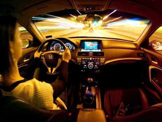 <!--:es-->5 tips para manejar de noche<!--:-->