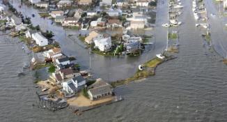 <!--:es-->Muerte y Devastación deja «Sandy» …La supertormenta será difícil de olvidar!<!--:-->