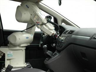 <!--:es-->Ford utiliza un robot para sentir la calidad de sus vehículos …La sensación y la percepción ya no es ámbito exclusivo de los humanos<!--:-->