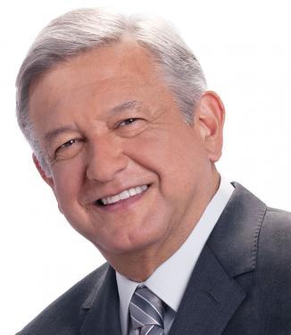 <!--:es-->Defienden trayectoria de AMLO en PRD  …Líder perredista aseguró que López Obrador goza de reconocimiento en grandes sectores del PRD por los votos que aportó en 2006 y 2012<!--:-->