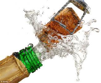 <!--:es-->Texas Ophthalmologists Warn: Flying Champagne Corks Cause Serious, Blinding Eye Injuries Each Year …Advertencia de los oftalmólogos: Los corchos de botellas de champaña que salen disparados causan graves lesiones de ceguera todos los años<!--:-->