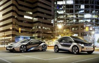 <!--:es-->BMW Group y Boeing realizan alianza para producir fibra de carbono …Este acuerdo de colaboración pretende fusionar los conocimientos de ambas industrias en el campo de las soluciones de productos sustentables.<!--:-->