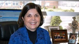 <!--:es-->Sandy Hook's 'New Old Principal' Donna Page Felt a Calling to Come Out of Retirement<!--:-->