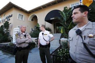 <!--:es-->Tragedia en Los Ángeles …El hijo del propietario de los Clippers fue hallado muerto en su casa<!--:-->
