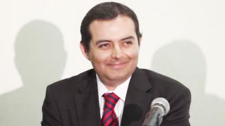 <!--:es-->Vive PAN momento difícil.- Cordero …El senador panista José Rosas Aispuro consideró que el padrón se infló en el pasado para obtener candidaturas en procesos internos<!--:-->