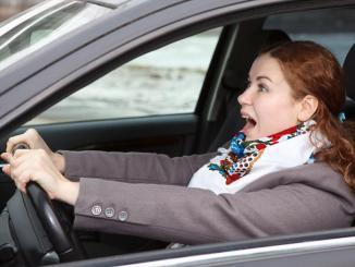 <!--:es-->¿Cómo detener tu automóvil si está fuera de control?  …Te damos unos sencillos consejos para prevenir un posible accidente.<!--:-->