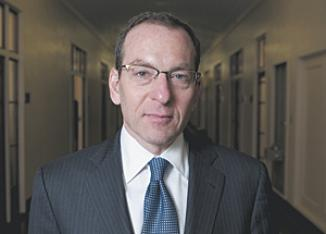 <!--:es-->Dimite fiscal ligado a Rápido y Furioso …El último día de Breuer en el Departamento de Justicia será el 1 de marzo<!--:-->