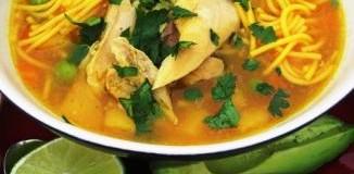 <!--:es-->Sopa de Pasta y Pollo  &#8230;Chicken Noodle Soup<!--:-->