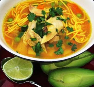 <!--:es-->Sopa de Pasta y Pollo  …Chicken Noodle Soup<!--:-->