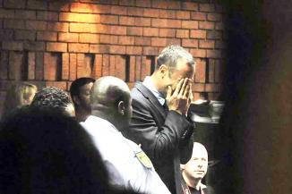 <!--:es-->Se derrumban los planes de Pistorius<!--:-->