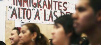 <!--:es-->Muchos quedarían fuera de la Reforma Migratoria …Sindicatos y sector privado logran acuerdo<!--:-->