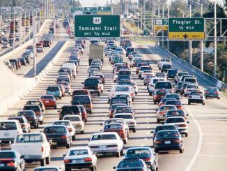 <!--:es-->Mueren más estadounidenses por contaminación que por accidentes automovilísticos  …Las emisiones generadas por los autos representan el 7% del total de la contaminación del aire en ese país.<!--:-->